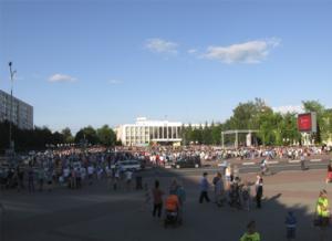 Экран на Центральной площади г.Солигорск